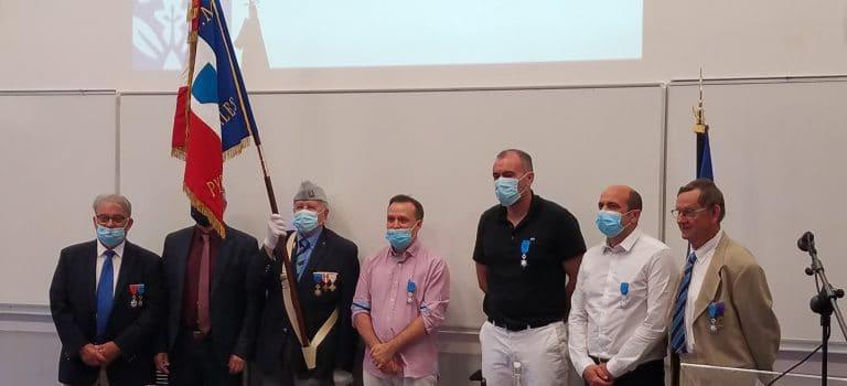 Ordre National du Mérite pour D. Duval, B. Gourbal et G. Mitta